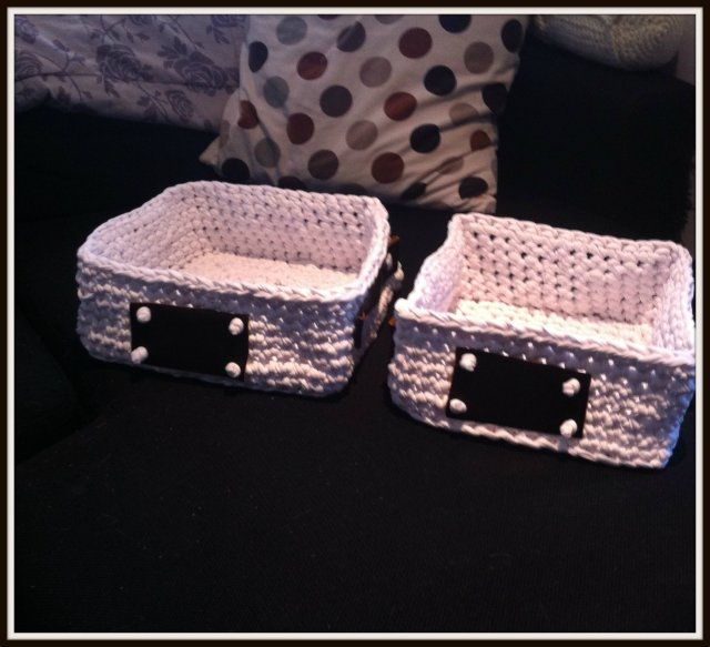 crochet baskets square1